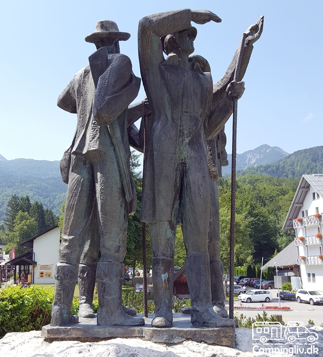 Four-men-from_Bohinj