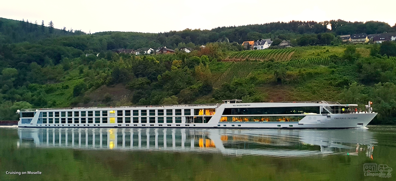 Cruising-on-the-Moselle